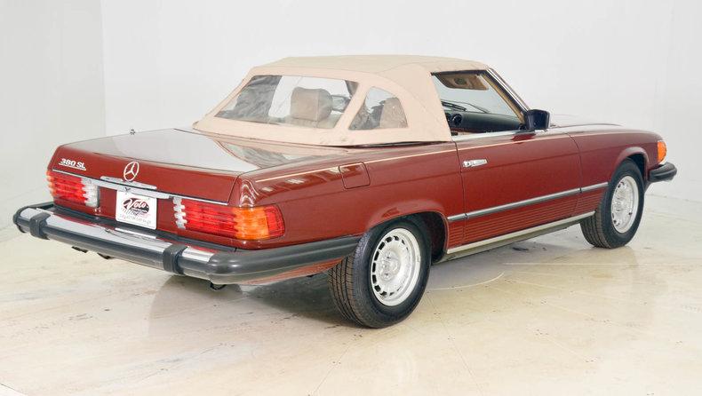 1982 Mercedes-Benz 380SL Image 35