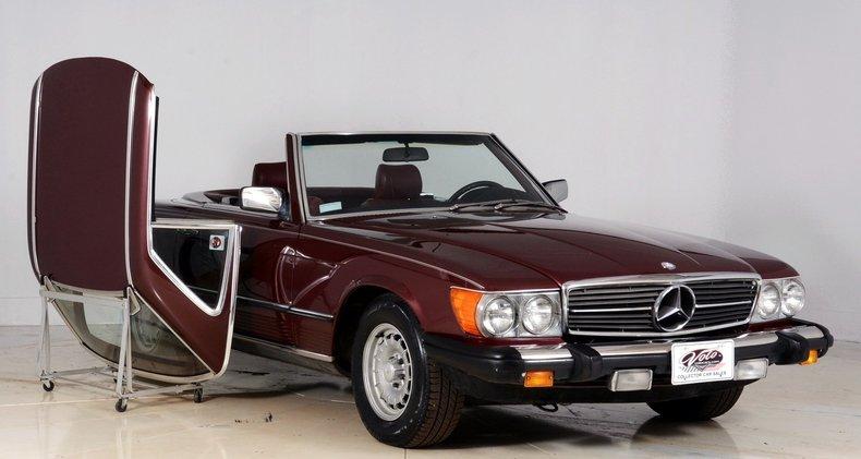 1985 Mercedes-Benz 380SL Image 8