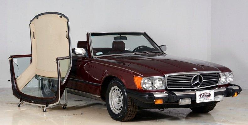 1985 Mercedes-Benz 380SL Image 9