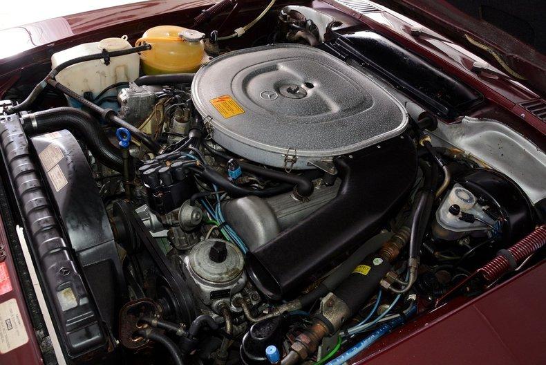 1985 Mercedes-Benz 380SL Image 36