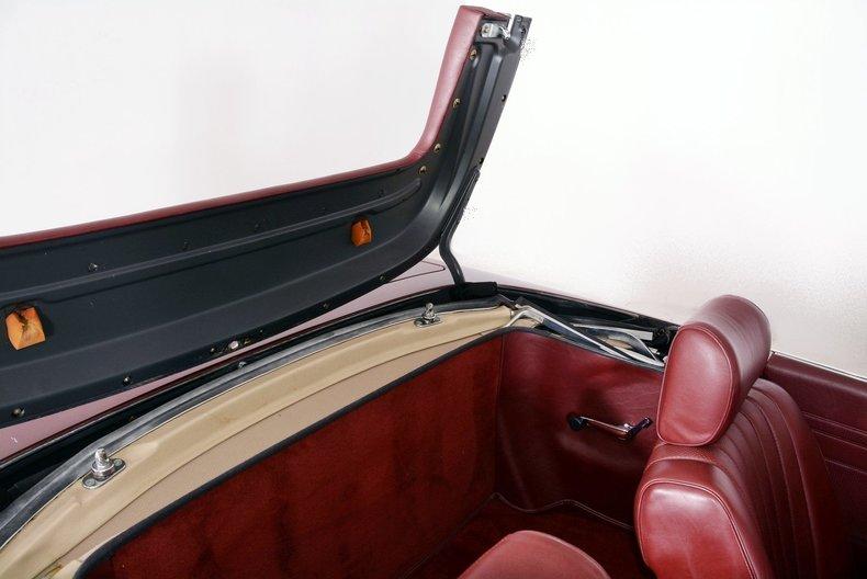 1985 Mercedes-Benz 380SL Image 90