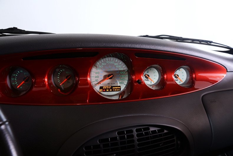 2002 Chrysler Prowler Image 5