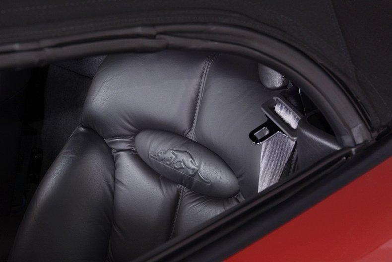 2002 Chrysler Prowler Image 8