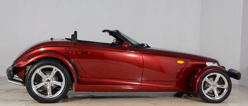 2002 Chrysler Prowler Image 9