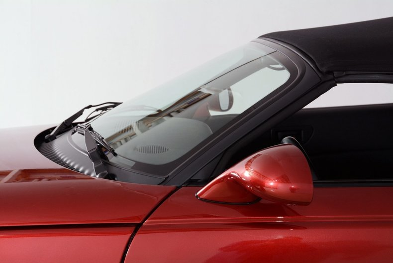 2002 Chrysler Prowler Image 11
