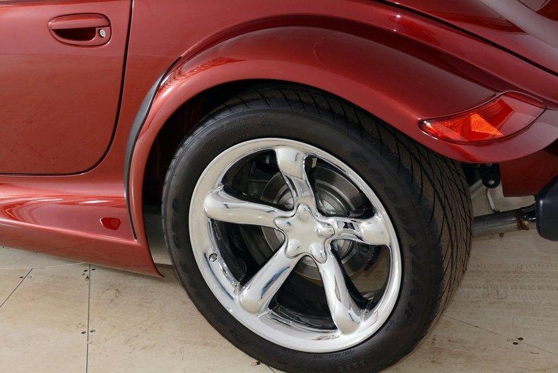 2002 Chrysler Prowler Image 22