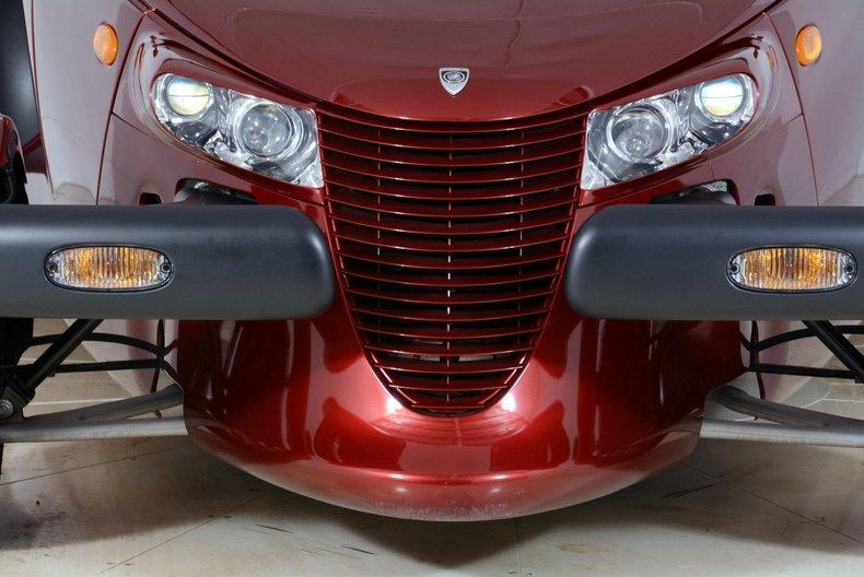 2002 Chrysler Prowler Image 30