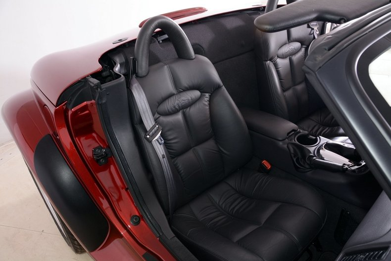 2002 Chrysler Prowler Image 31