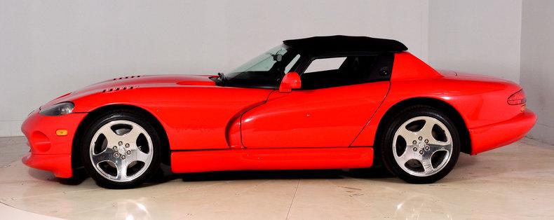 2002 Dodge Viper Image 25