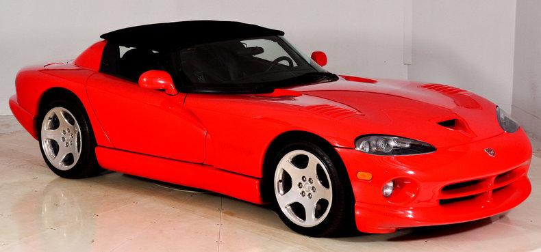 2002 Dodge Viper Image 30
