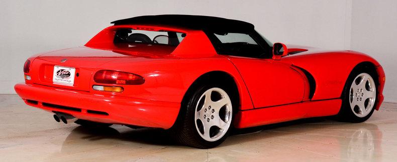 2002 Dodge Viper Image 3