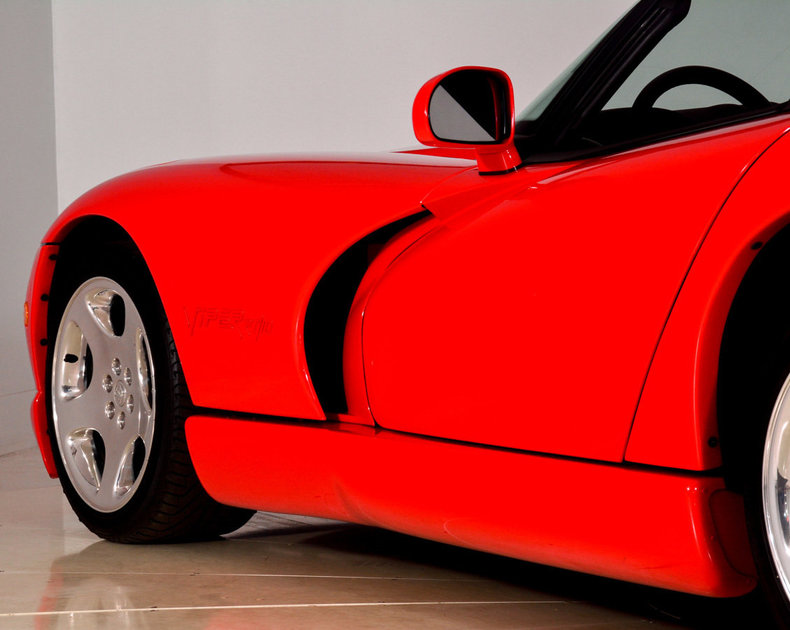 2002 Dodge Viper Image 31