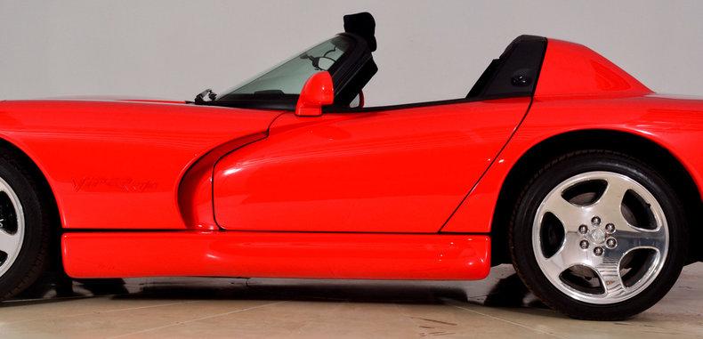 2002 Dodge Viper Image 11