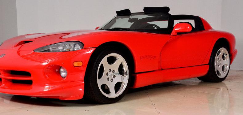 2002 Dodge Viper Image 35