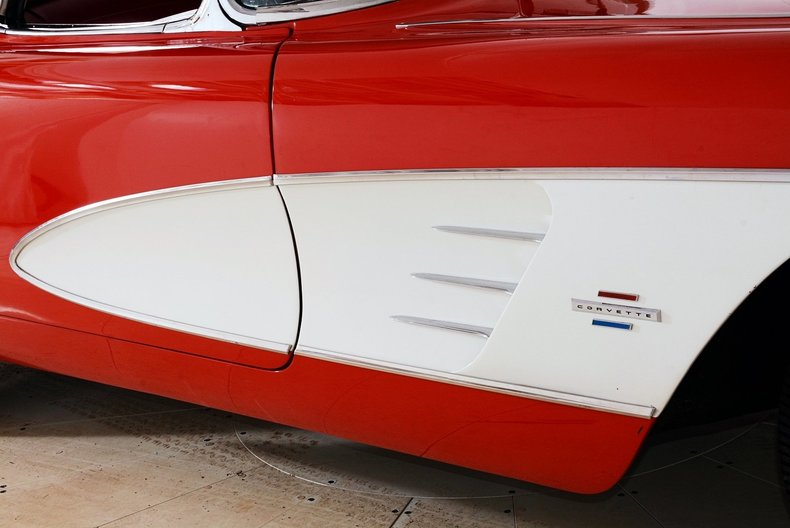1961 Chevrolet Corvette Image 5