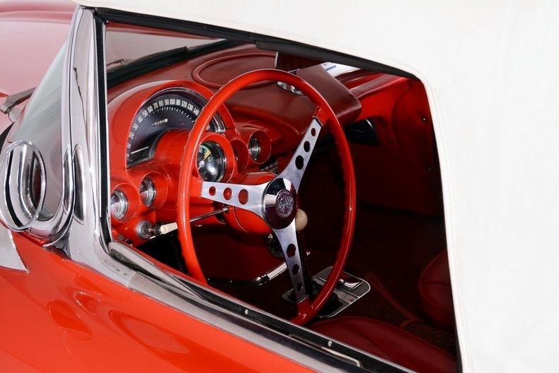 1961 Chevrolet Corvette Image 7