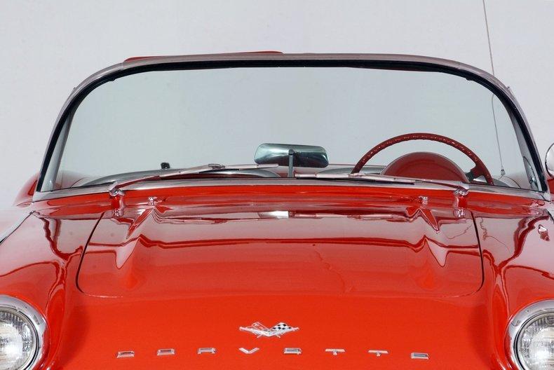 1961 Chevrolet Corvette Image 9