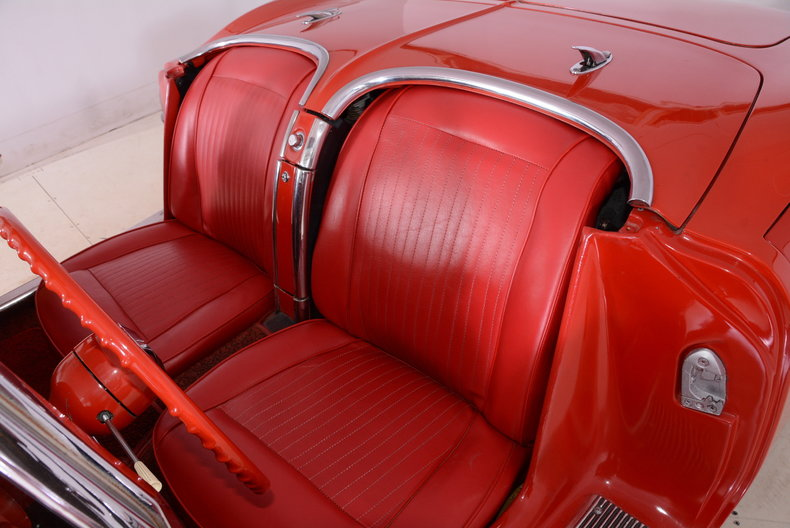 1961 Chevrolet Corvette Image 11