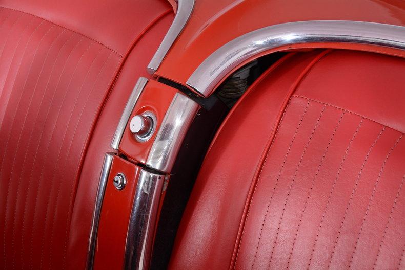 1961 Chevrolet Corvette Image 18