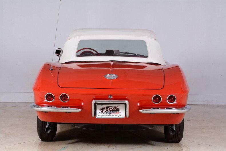 1961 Chevrolet Corvette Image 23