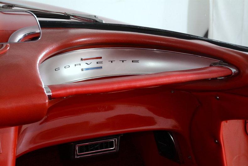 1961 Chevrolet Corvette Image 27