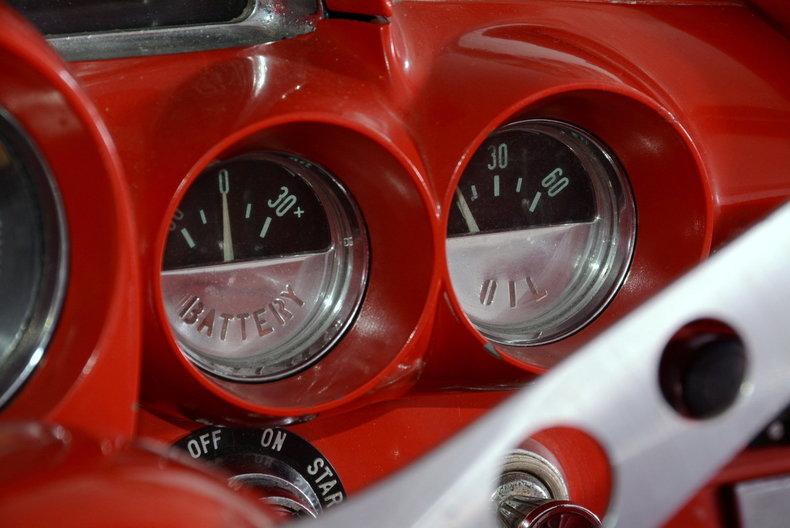 1961 Chevrolet Corvette Image 31