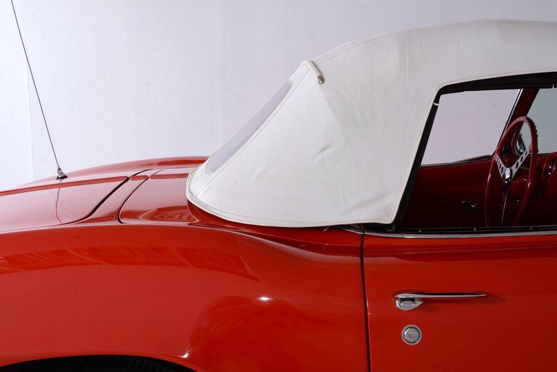 1961 Chevrolet Corvette Image 34