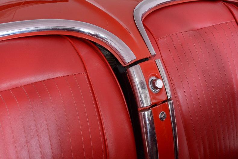 1961 Chevrolet Corvette Image 35