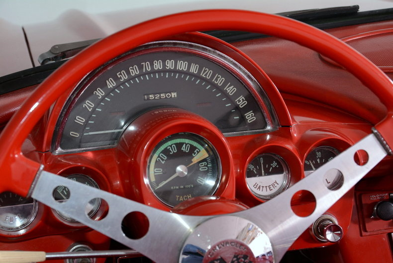1961 Chevrolet Corvette Image 46