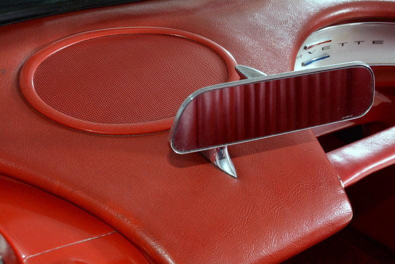 1961 Chevrolet Corvette Image 51
