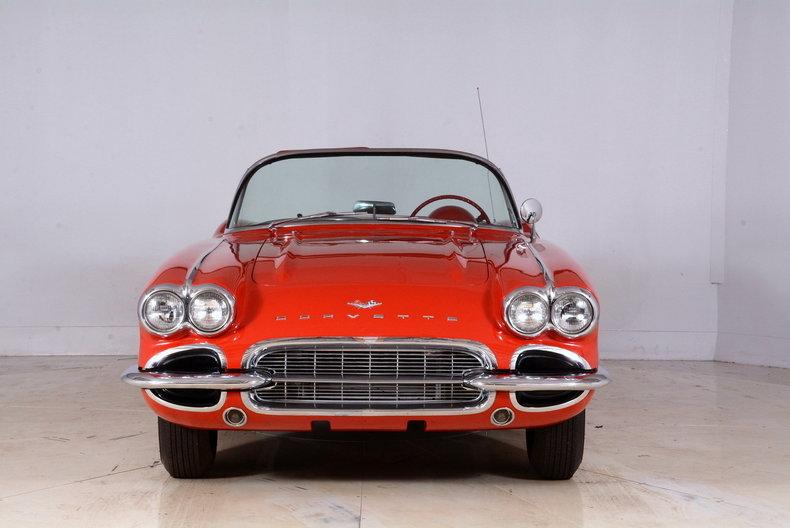 1961 Chevrolet Corvette Image 58