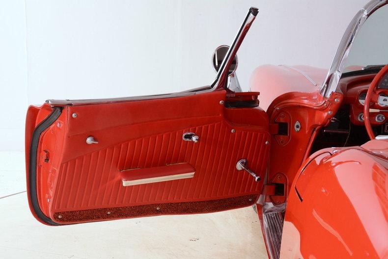 1961 Chevrolet Corvette Image 62
