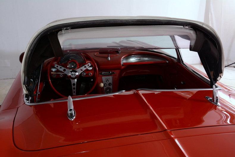1961 Chevrolet Corvette Image 68