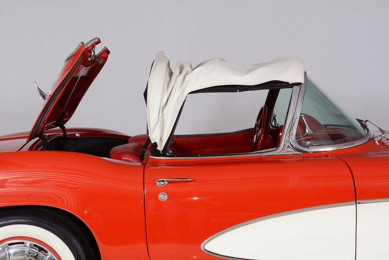 1961 Chevrolet Corvette Image 74