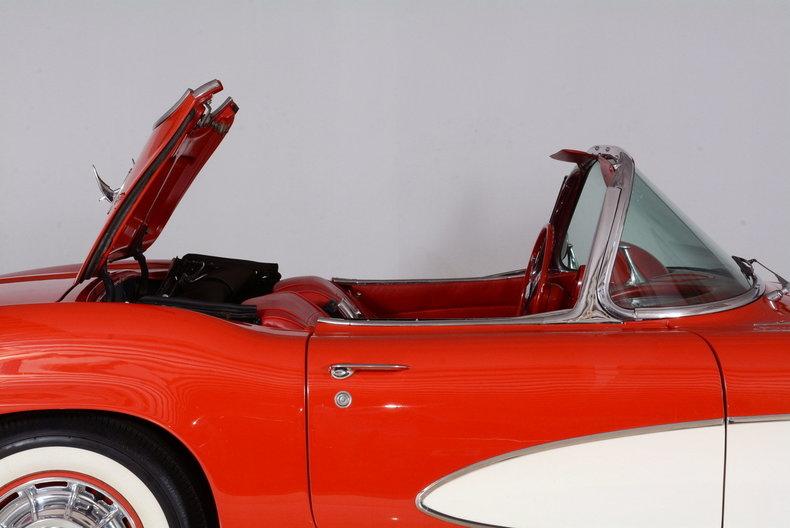 1961 Chevrolet Corvette Image 76