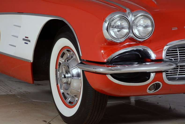 1961 Chevrolet Corvette Image 78