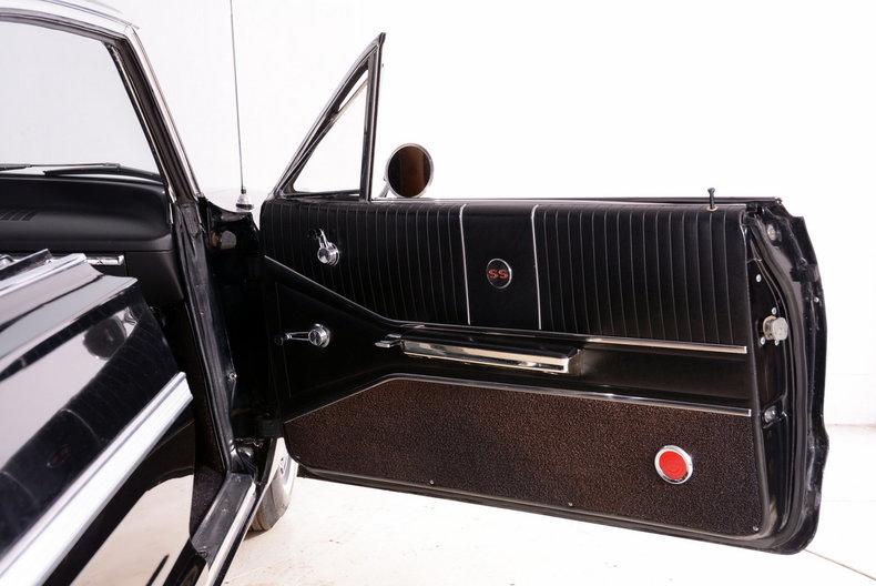 1964 Chevrolet Impala Image 23