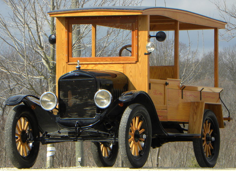 1924 Ford Model T Image 4