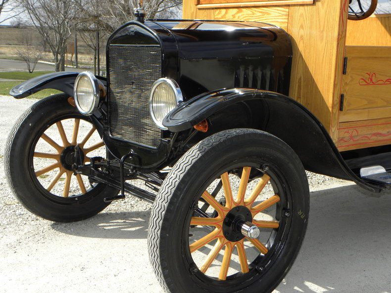 1924 Ford Model T Image 12