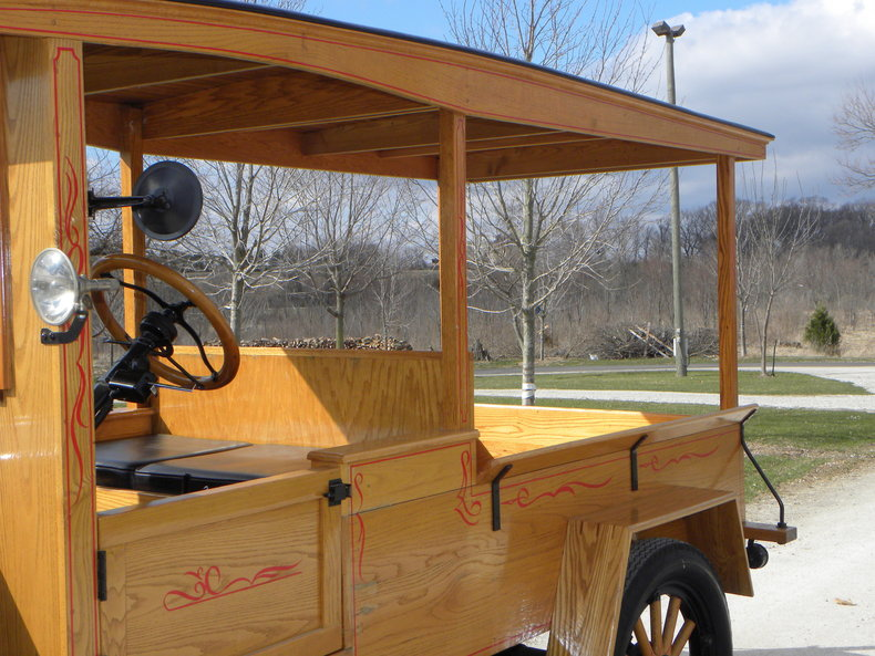 1924 Ford Model T Image 13