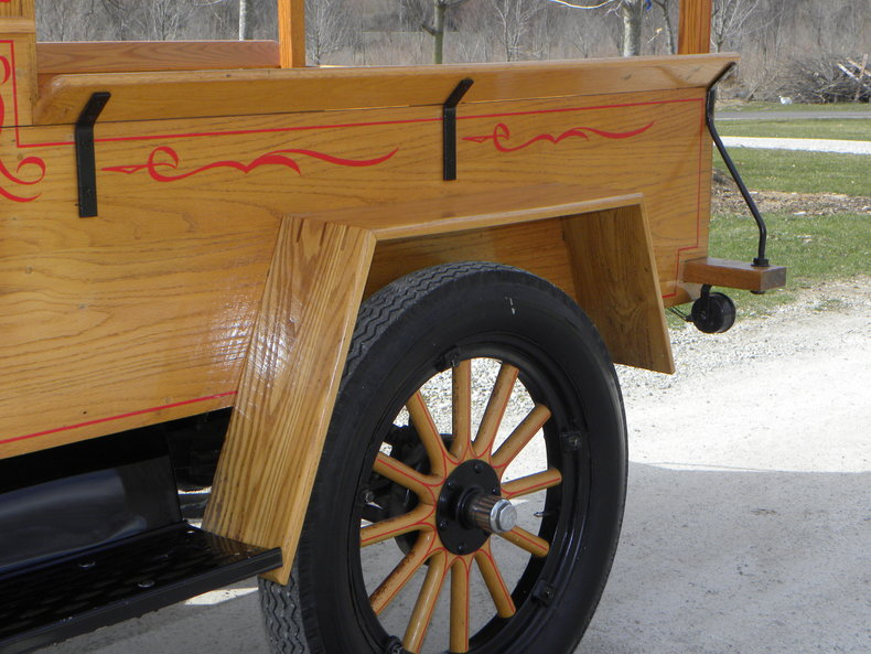 1924 Ford Model T Image 17