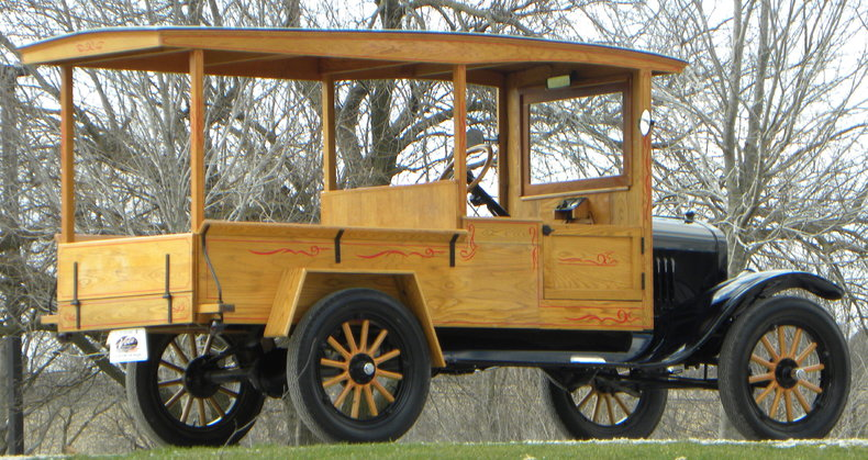 1924 Ford Model T Image 18
