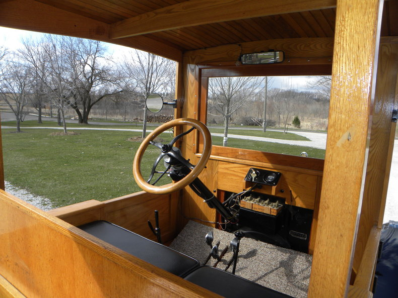 1924 Ford Model T Image 40