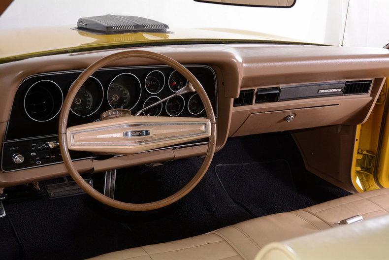 1973 Ford Gran Torino Image 2