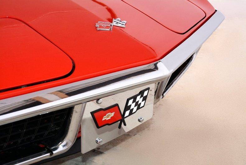 1972 Chevrolet Corvette Image 9