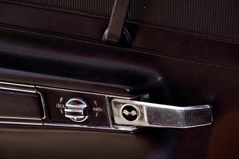 1972 Chevrolet Corvette Image 36