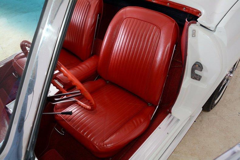 1963 Chevrolet Corvette Image 10