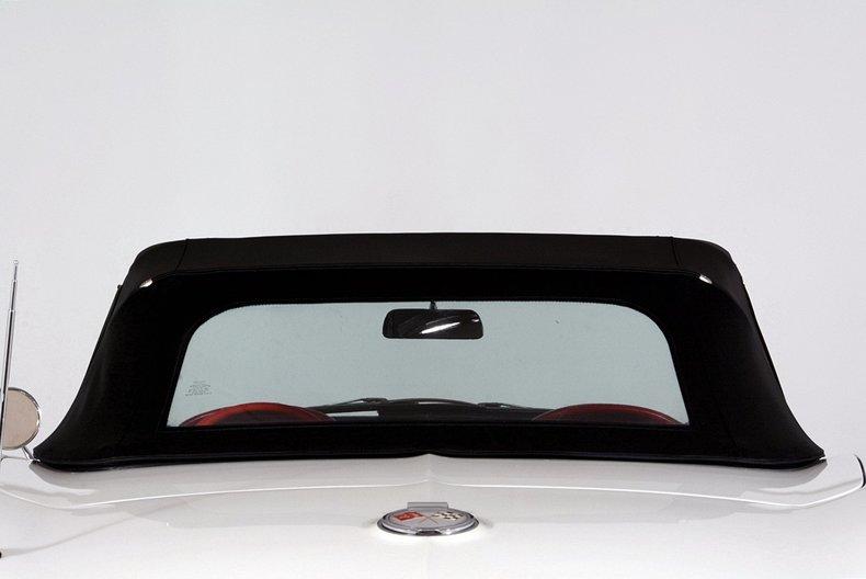 1963 Chevrolet Corvette Image 11