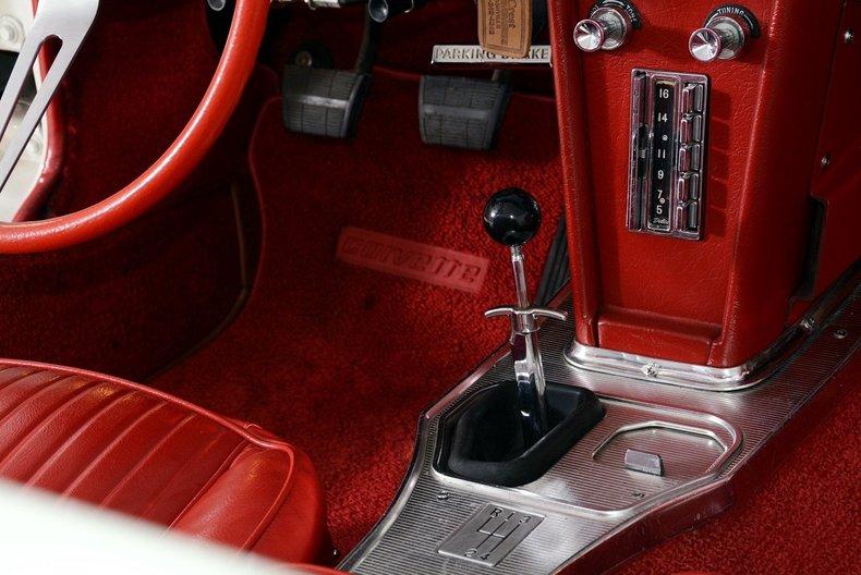 1963 Chevrolet Corvette Image 16