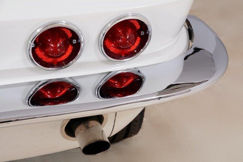 1963 Chevrolet Corvette Image 17